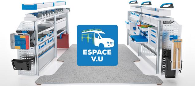 Aménagement de véhicules utilitaires avec Espace V.U Sarl, plancher et habillage en bois pour fourgon.